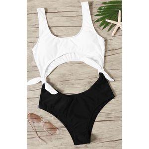 Black & White Monokini